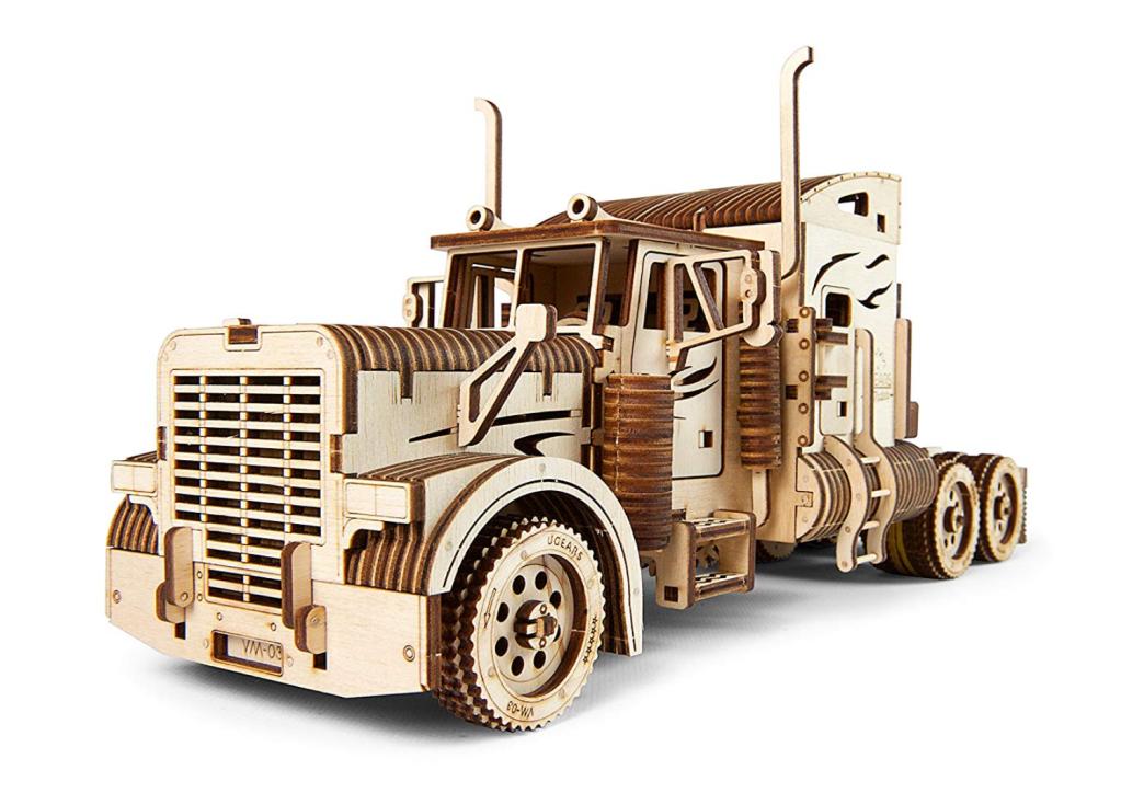 puzzle-3D-camion-bois-UGEARS